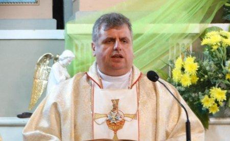Католики Житомира просять місцеву владу повернути їм будівлю колишньої дієцезіальної курії