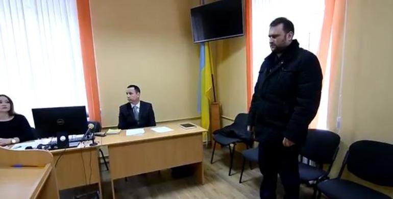 Два роки триває суд щодо отримання хабаря сільським головою, колишнім священиком УПЦ КП