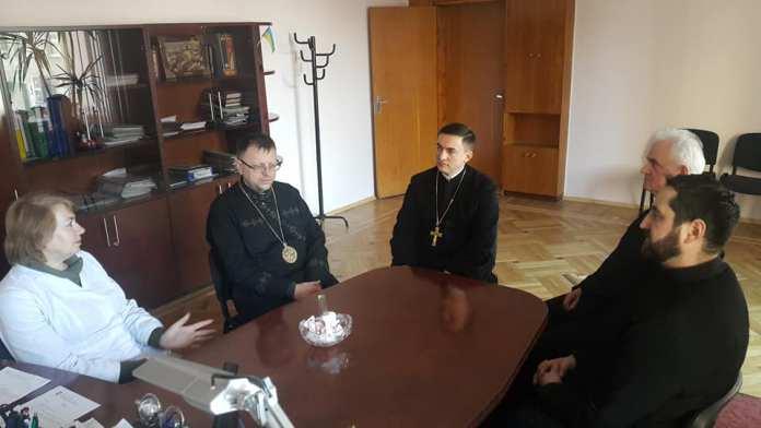 Єпископ УГКЦ відвідав лікарню швидкої допомоги