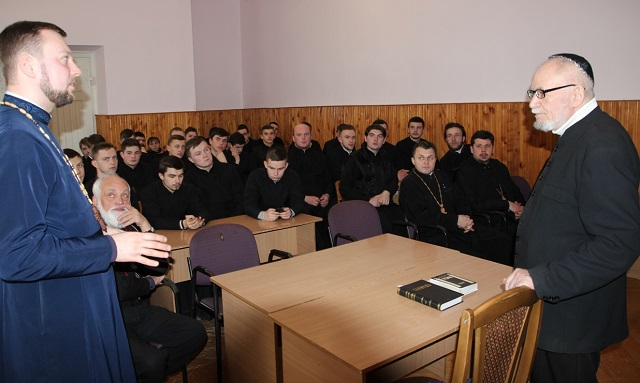 Рабин громади прогресивного юдаїзму виступив перед студентами Львівської академії УПЦ КП