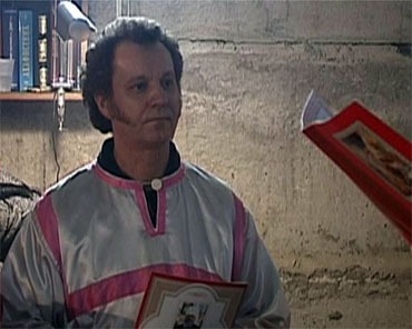 Пономар-клоун з УПЦ презентує перформанс про життя клоунів, мімів, комедіантів