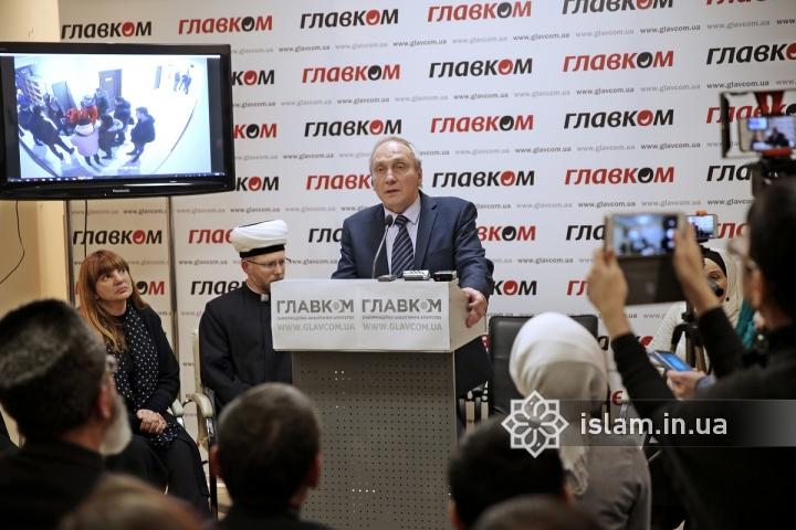 Відомий релігієзнавець підтримав мусульман Києва, які зазнали обшуку