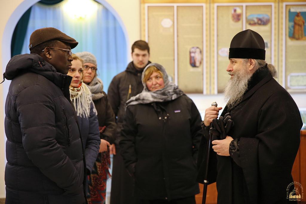 Делегація Агенції ООН у справах біженців відвідала Святогірську лавру на Донбасі