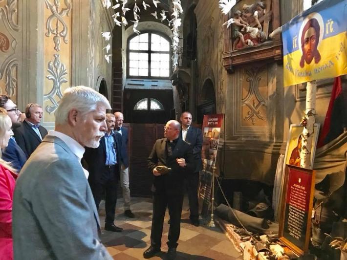 Представники Військового комітету НАТО побували у храмі українських воїнів
