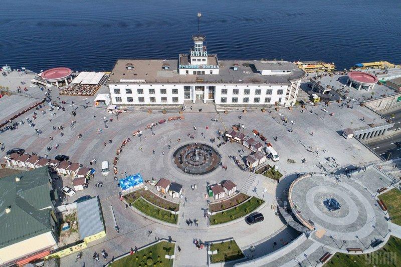 Навколо місця хрещення Київської Русі створять підземний музей замість торговельного центру