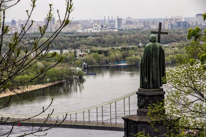УПЦ (Константинопольського Патріархату) вітає створення в Україні єдиної помісної Церкви навколо Київського престолу