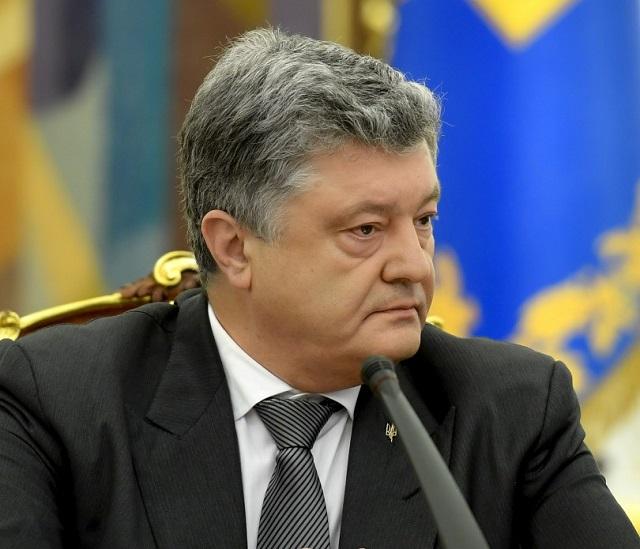 Порошенко форсирует автокефалию, чтобы «возвратить к истокам» Украину
