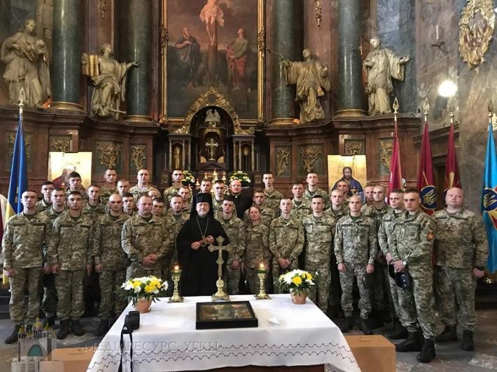 Українські військовослужбовці вирушила на 60-те Міжнародне військове паломництво «Мир на Землі»