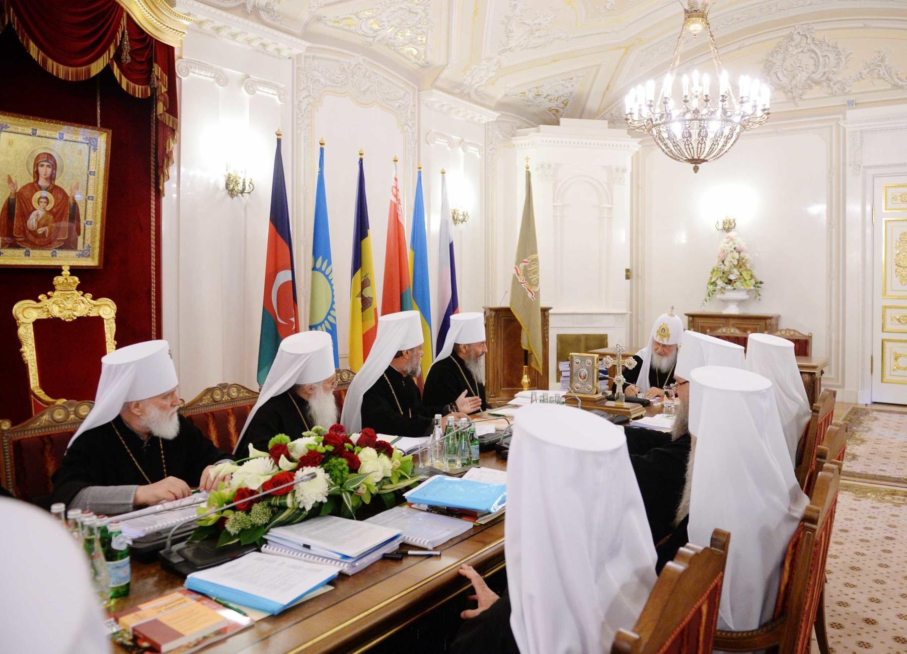 Синод РПЦ поддержал УПЦ (МП) в противодействии украинской автокефалии