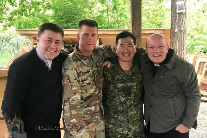 Військовослужбовці Збройних сил України, США та Канади вирушать у велопрощу