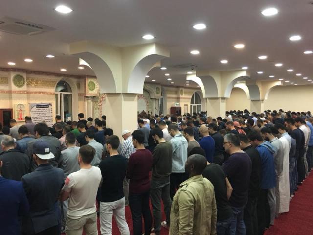 Лідери українських мусульман вітають одновірців з настанням місяця Рамадан
