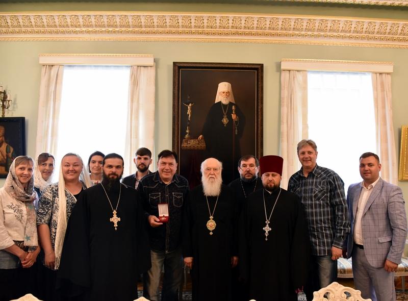 Патріарх Філарет відзначив орденом благодійника зі Швеції