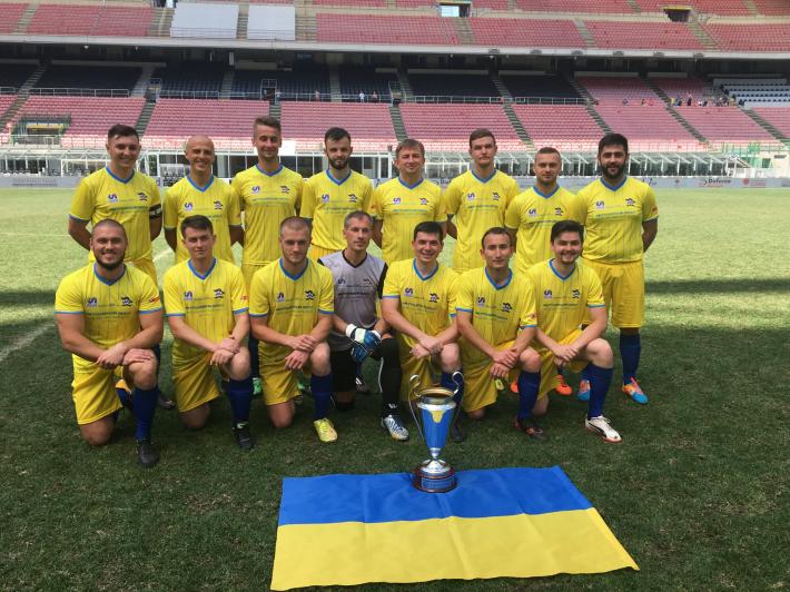 Українці перемогли у чемпіонаті Європи з футболу між священиками