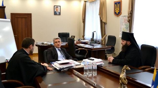 Єпископ УПЦ КП обговорив з головою Одеської обласної ради церковні питання