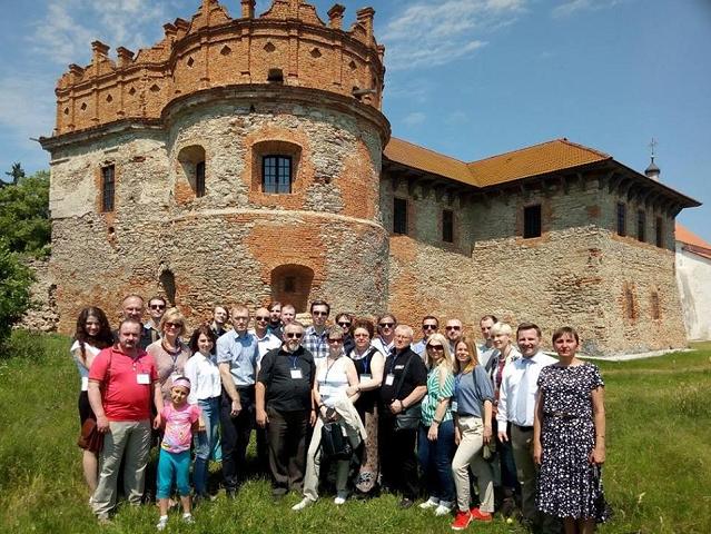 У Хмельницькому відбулася міжнародна конференція, присвячена взаємодії релігійних організацій та органів влади