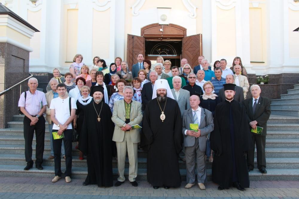 Митрополит УПЦ КП звершив молитви за журналістів