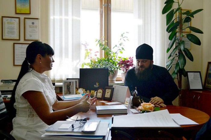 Одеський єпископ УПЦ КП обговорив питання співпраці з секретарем комісії державних нагород