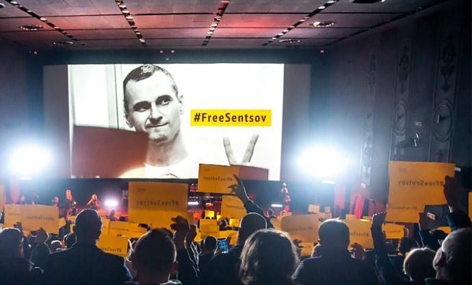 Всеукраїнська Рада Церков закликає Путіна звільнити Сенцова та інших політв'язнів