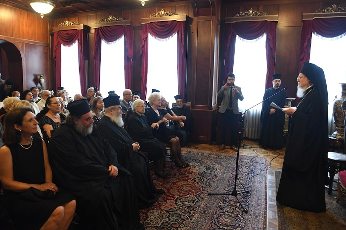 Вселенський патріарх: «Константинополь ніколи не видавав дозволу передавати території України будь-кому»