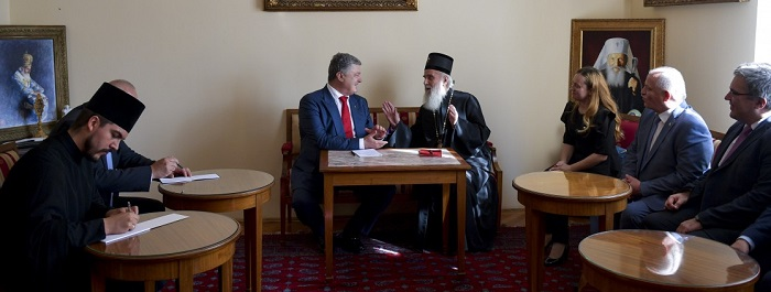 Державні та церковні питання обговорювали президент України з Сербським патріархом, а митрополит УПЦ — з Олександрійським