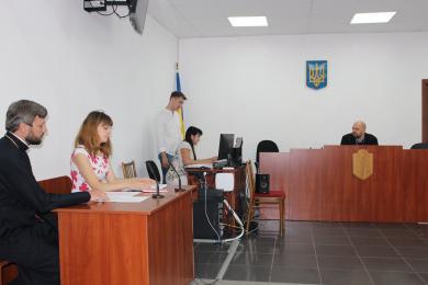 Громади УПЦ (МП) і УАПЦ судяться за храм на Дніпропетровщині