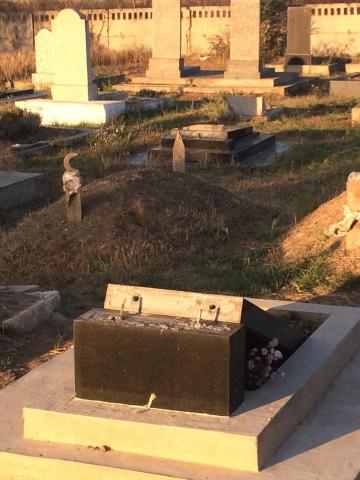 У Криму вчергове поглумилися над могилами мусульман