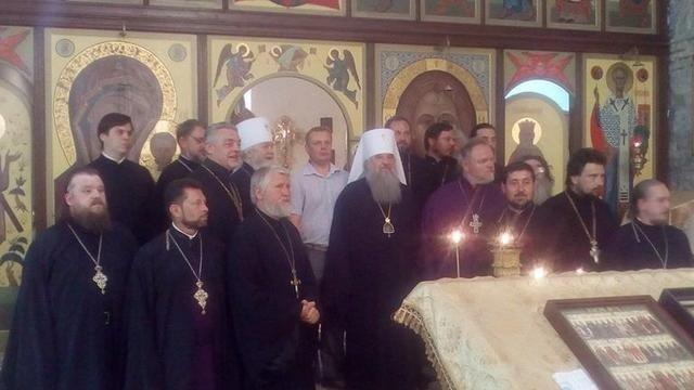 Управделами РПЦ без спросу Украины приехал в Крым, посетив святыни и управление ФСБ