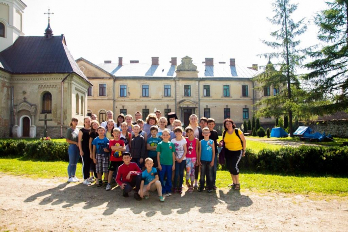 Діти учасників АТО відпочили у християнському таборі на Львівщині