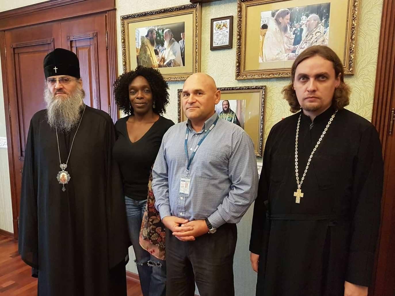 Запорізький митрополит УПЦ поскаржився спостерігачам ОБСЄ на перешкоджання вірянам в участі у хресному ході