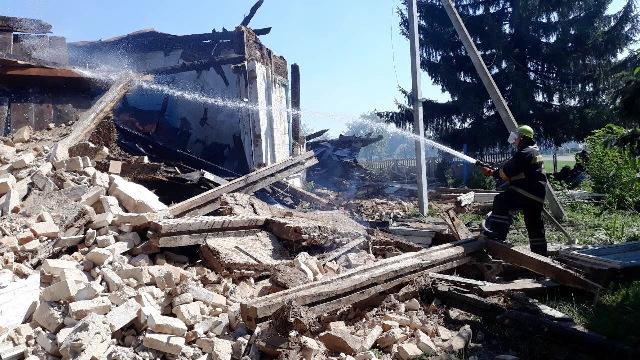 В Одесі парафіяни УПЦ не дали розмалювати графіті храм, а на Житомирщині згоріла спірна церква