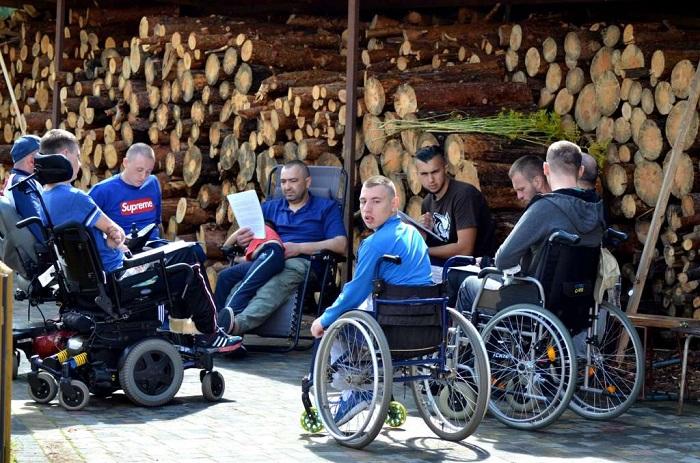 Баптисти організували на Волині відпочинок для людей з інвалідністю
