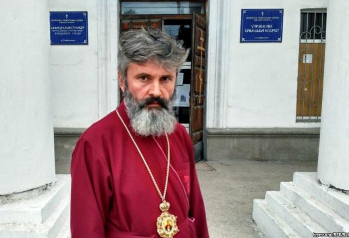 Крымский архиепископ УПЦ КП снова обратился к российским властям об освобождении Олега Сенцова