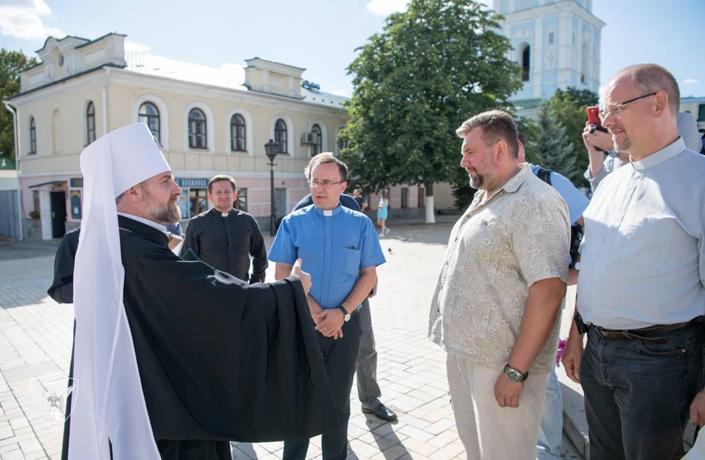 Відбулася зустріч митрополита УПЦ КП з капеланами Католицького ординаріату та УГКЦ
