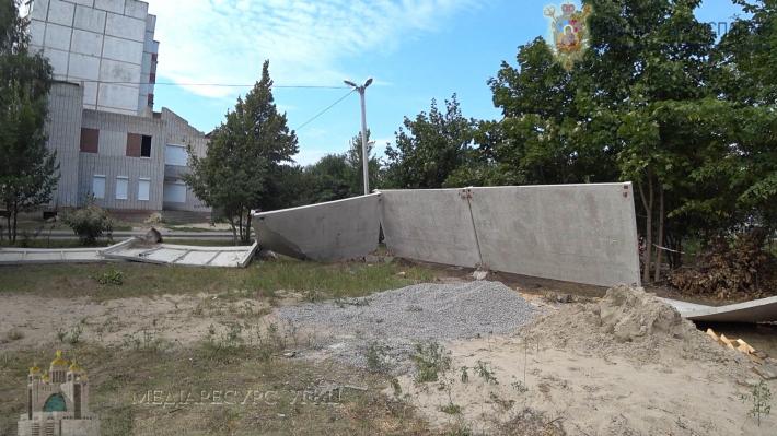 У Білій Церкві група осіб розгромила місце для будівництва храму УГКЦ