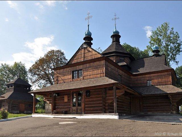 В УПЦ (МП) лякають голову сільради позбавленням волі на три роки за передачу храму УПЦ КП