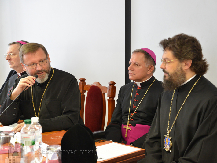 Єпископи РКЦ, УПЦ КП, УПЦ (МП) та УГКЦ об