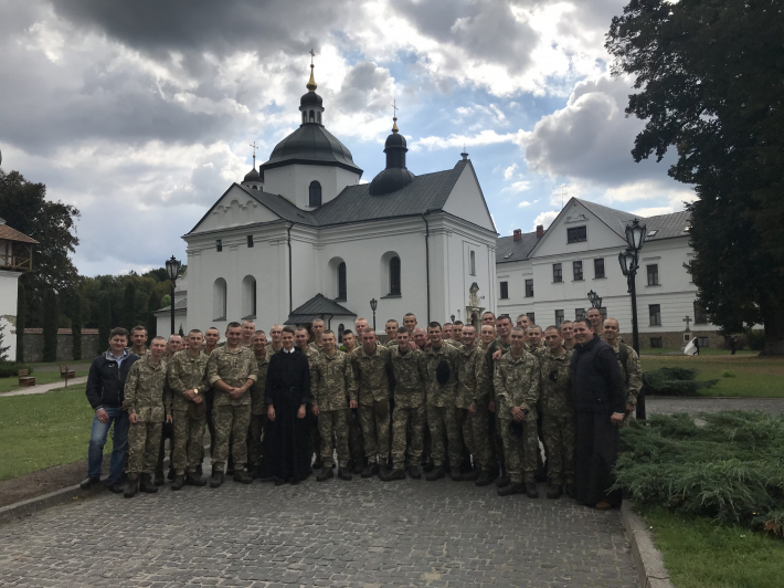 Курсанти академії сухопутних військ здійснили паломництво до монастиря УГКЦ