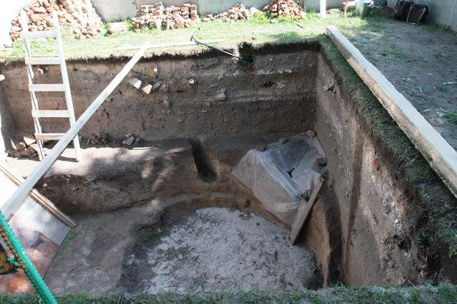 Біля Софії Київської виявили язичницьке поховання