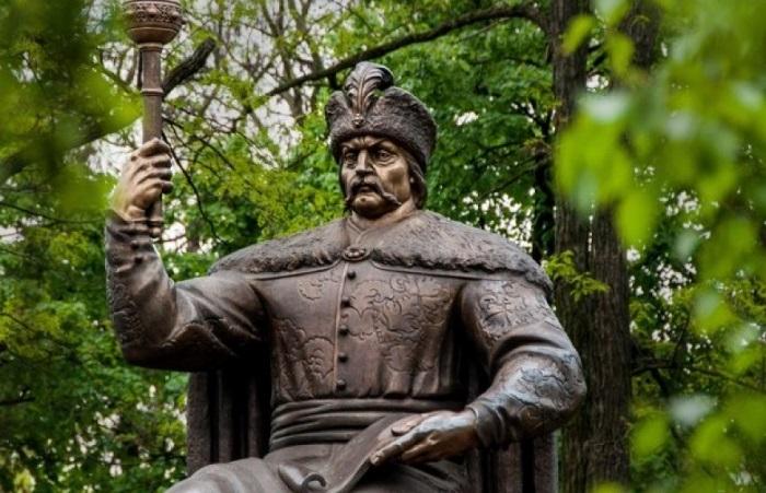 Константинополь не визнає російської  анафеми на гетьмана Мазепу