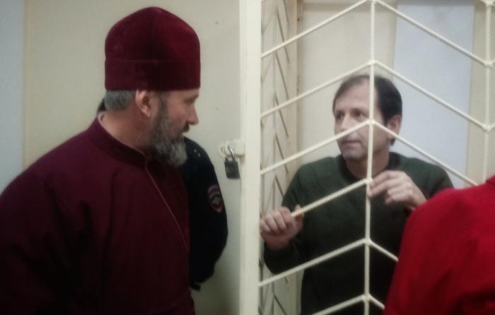 Архиепископ УПЦ КП рассказал, как помогает Владимиру Балуху в СИЗО Симферополя