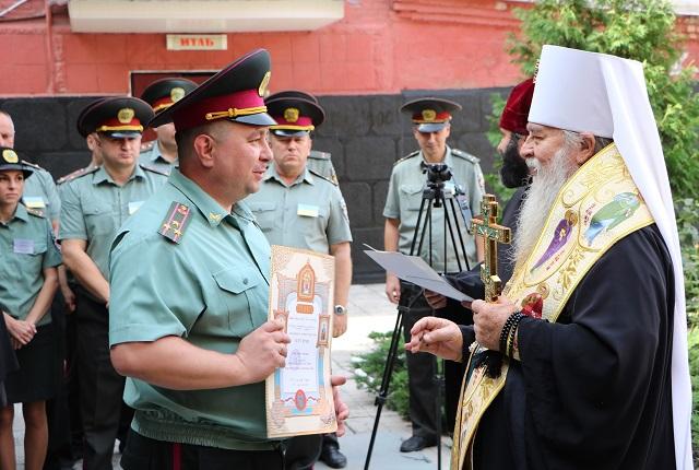 У Дніпрі відкрили каплицю св. гетьмана Петра Калнишевського, а митрополита і священиків УПЦ нагородили відзнаками пенітенціарної служби