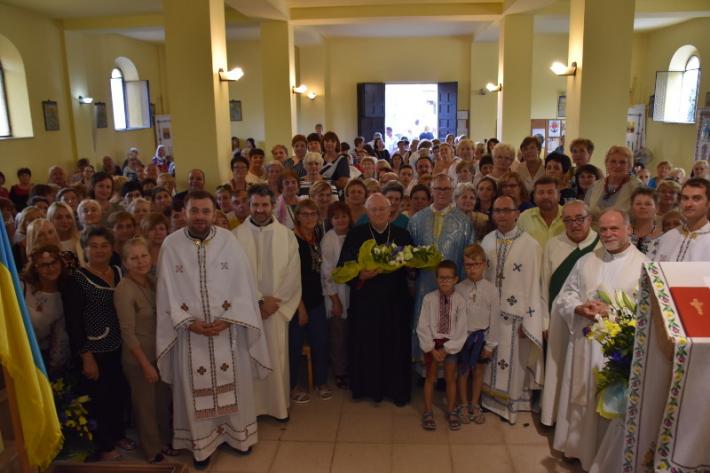 Українським греко-католикам в Італії передали в користування храм, а у Словаччині звершили першу архієрейську літургію українською мовою
