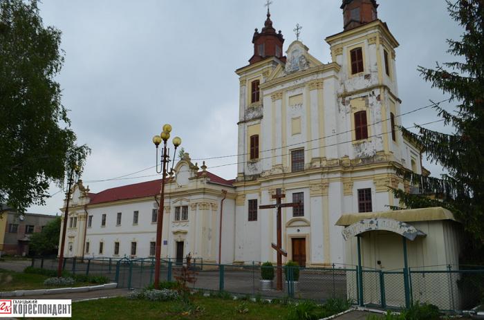 Фейк о «захвате храма УПЦ» в Богородчанах тиражируют в российских СМИ