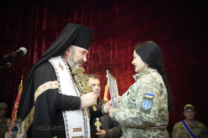Єпископ УГКЦ бажає військовослужбовцям захисту й опіки Господньої під час оборони України