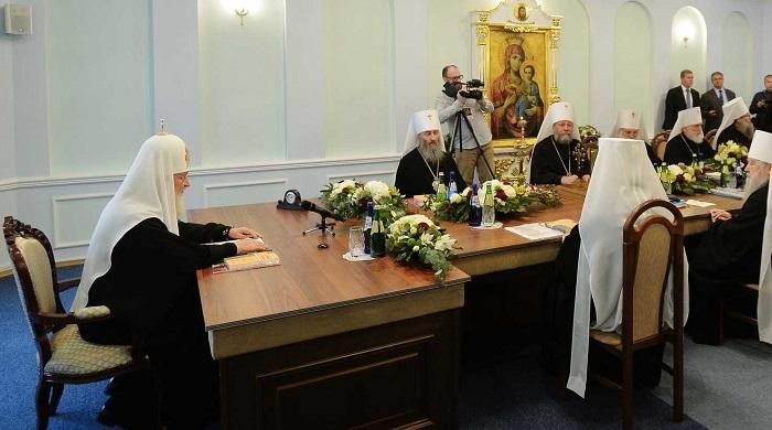 РПЦ разорвала все отношения с Константинопольской Церковью из-за Украины
