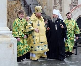 Архиепископ УПЦ, вопреки решению Синода РПЦ, продолжит молиться в храмах Константинопольской Церкви