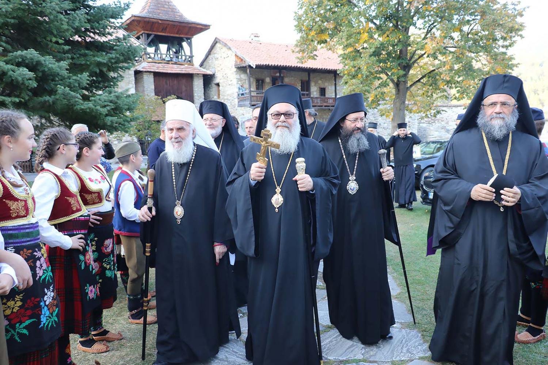 Антіохійський і Сербський патріархи закликали Константинополь до діалогу з РПЦ, яка розірвала відносини з Константинополем