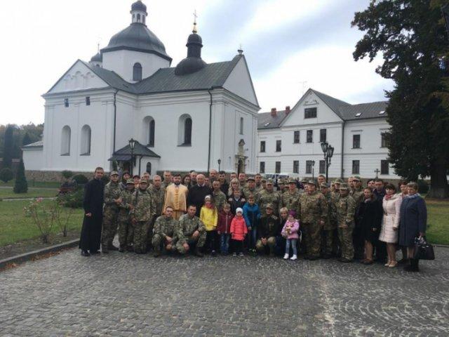 Семінаристи УГКЦ організували паломництво для військових на Львівщині та в Одесі