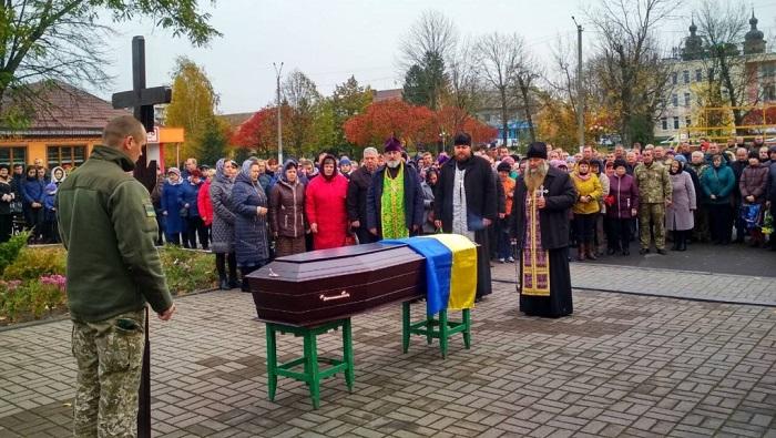 Митрополит УПЦ: «Духовенство вимолює загиблого воїна АТО»