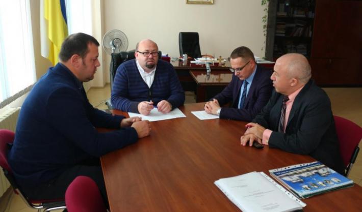 Академія Івана Золотоустого УГКЦ та Національний заповідник «Давній Галич» уклали договір про співпрацю